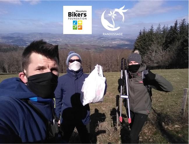Nettoyage de sentiers avec MBF Monts du Lyonnais